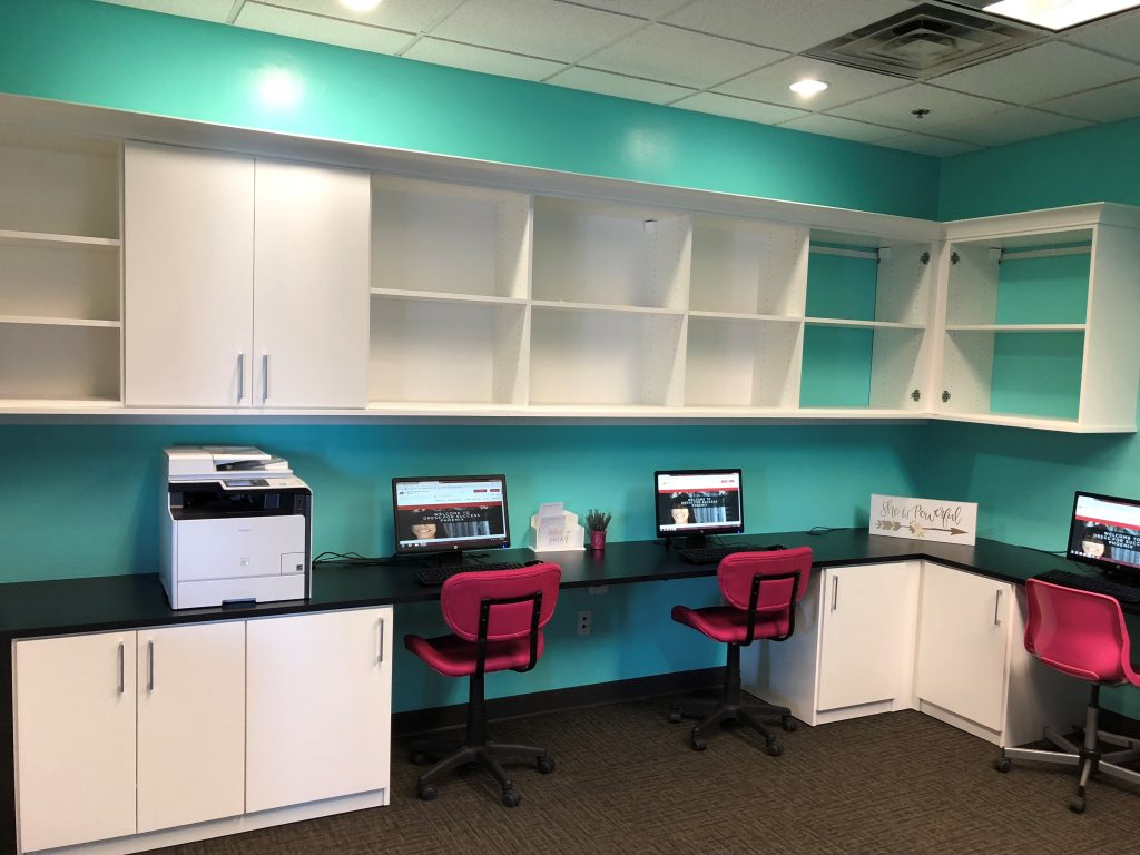 Merveilleux California Closets Recently Donated Its Services To Dress For Success  Phoenix, Completing A Stunning Remodel Of The Organizationu0027s Career Center.